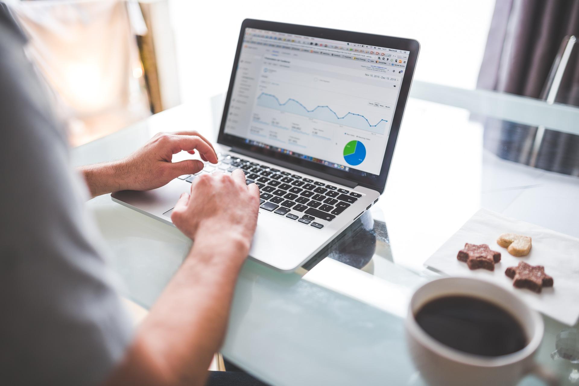 SEO analytics screen measuring LeadGen (lead generation)